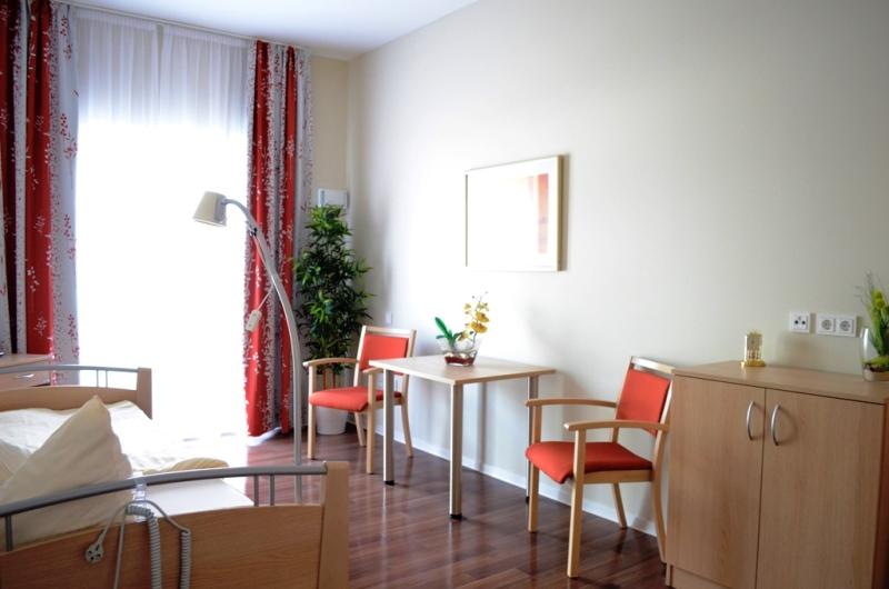 Musterzimmer im Care Center Fürth - 05 2017